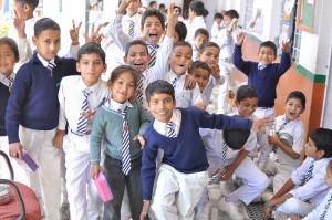 学校の子供達